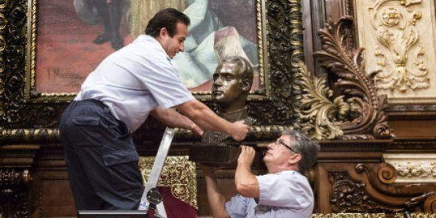 El Gobierno exige a Colau un busto de Felipe VI para sustituir el que quitó de Juan Carlos