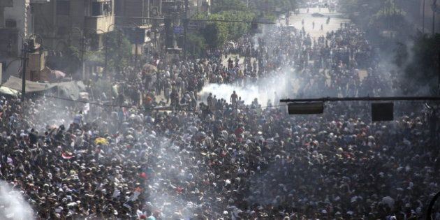 El Gobierno sofoca un motín en una cárcel en El Cairo y se cobra la vida de 38 hermanos