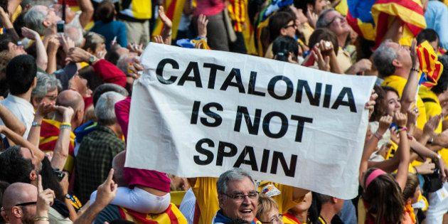 Rubalcaba: Mas lleva a Cataluña a un