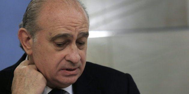 Bruselas le vuelve a dar un toque a Fernández Díaz por las 'devoluciones en caliente' de