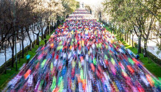 Color, movimiento, esfuerzo: las FOTAZAS de la Maratón de