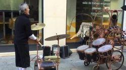 El músico malabarista de Zaragoza que ha cautivado a millones en