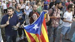 Centenares de manifestantes piden la dimisión de Rajoy en
