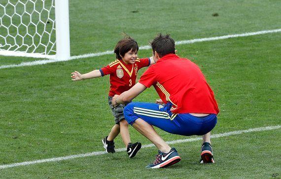 Las fotos más tiernas (y españolas) de Piqué tras el