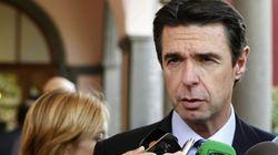 El Gobierno subirá la luz en enero para compensar el déficit de