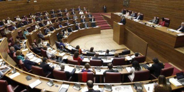 Alberto Fabra propone reducir un 20% el número de diputados valencianos en Les