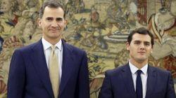 Rivera dice al rey que no apoyará un pacto del PSOE con Podemos y