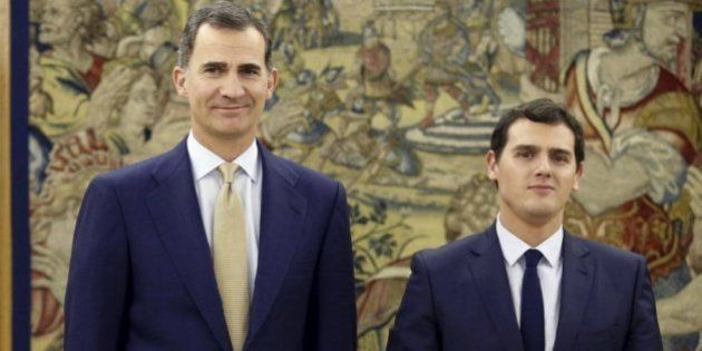 Rivera traslada al rey que no apoyará un Gobierno del PSOE con Podemos y