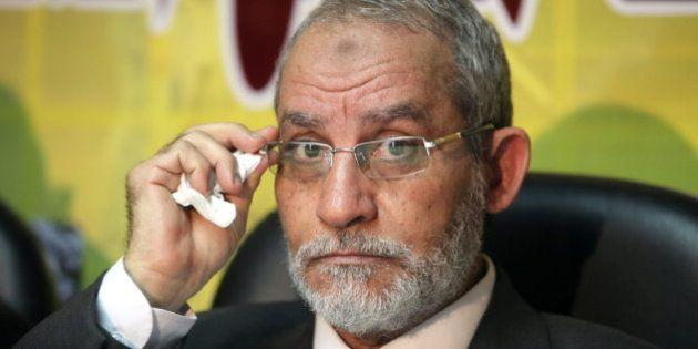 Mohamed Badie, líder de los hermanos musulmanes, detenido en Egipto por el
