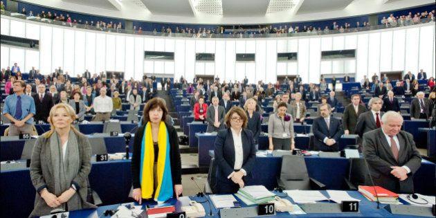 La Eurocámara plantea paralizar transmisiones de datos a EEUU por el espionaje