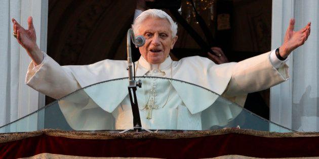 Ratzinger abandonó su papado porque