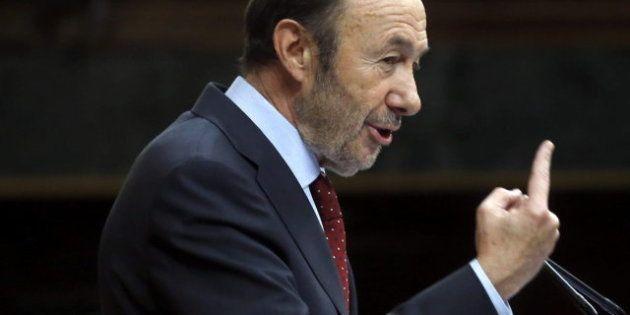 Rubalcaba carga contra el Gobierno: