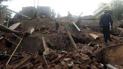 Al menos dos muertos y 60 atrapados al derrumbarse un edificio en