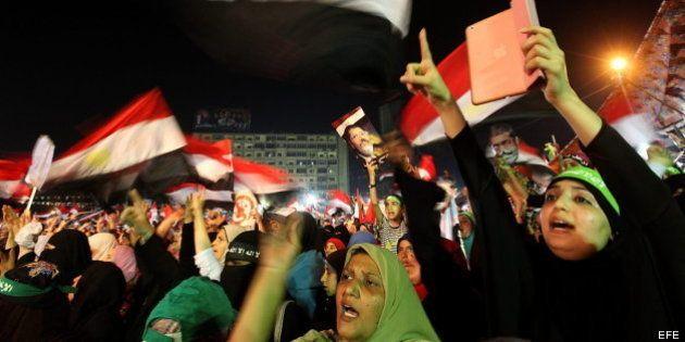 Siete muertos y 261 heridos en una nueva noche de protestas en El