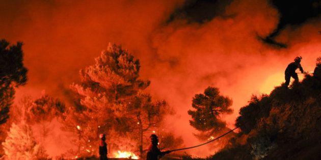 Estabilizado el incendio de Alicante tras arrasar 600
