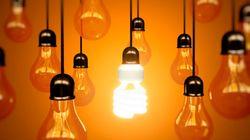 La OCU estima que la subida de la luz encarecerá una factura media 110
