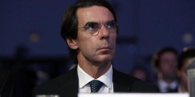 Aznar carga por enésima vez contra Rajoy y su Gobierno: esta vez por el