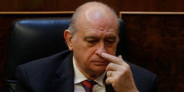 El Gobierno se desmarca de la decisión de prohibir las esteladas y pide que no se
