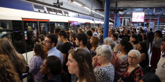 Renfe desconvoca la huelga mientras Metro anuncia nuevos