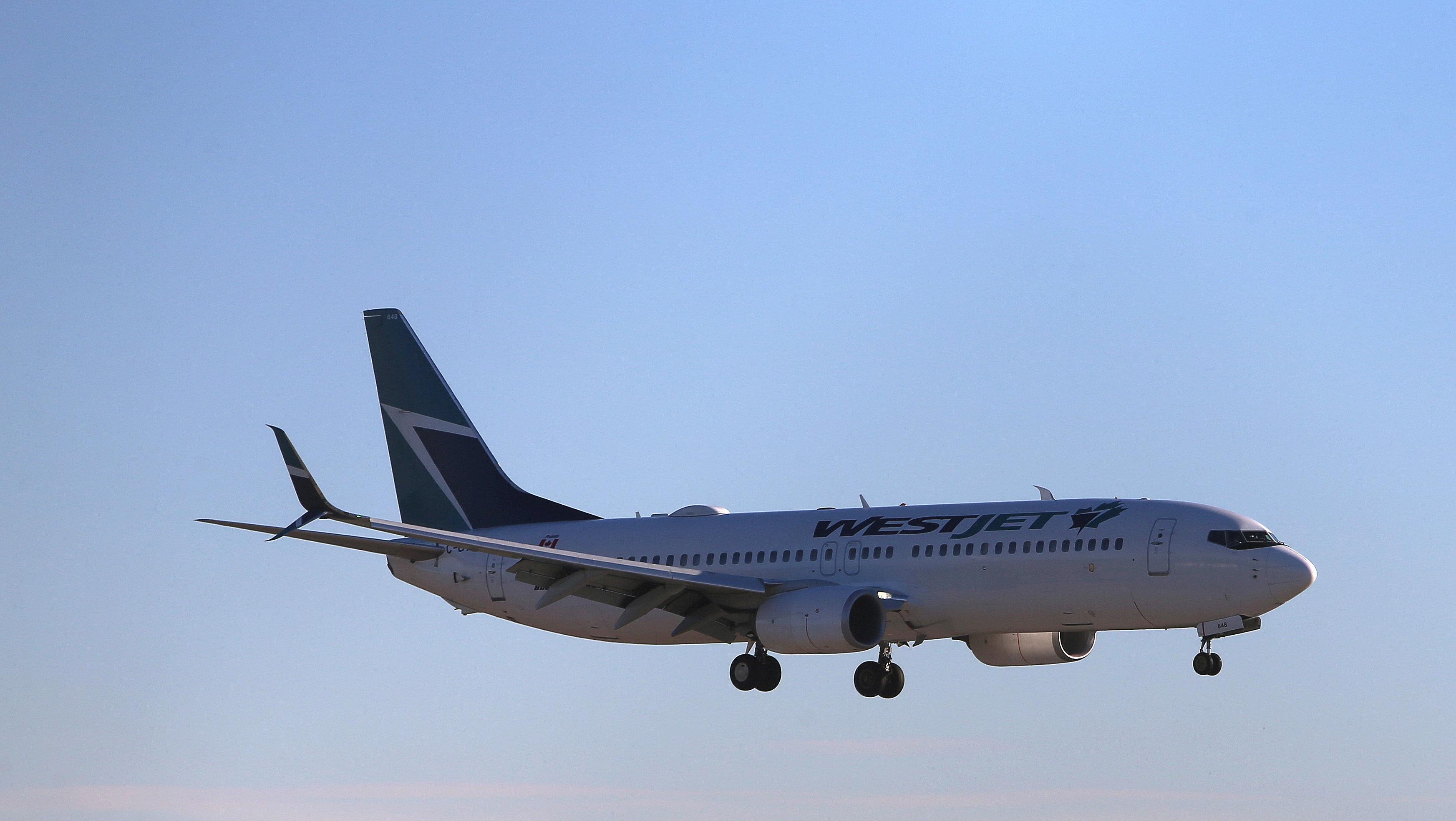 Νέο απρόοπτο με Boeing 737 - Αναγκαστική προσγείωση στη