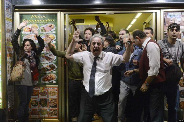 El camarero que se enfrentó a policías en el 25S:
