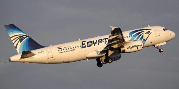 Francia confirma la alarma por humo en el avión de EgyptAir antes del