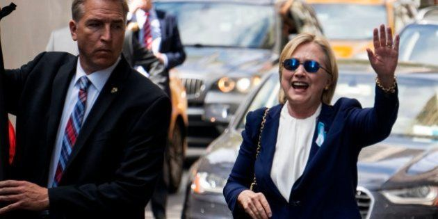 Clinton cancela un viaje de campaña a California por su