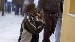 Más de 100 inmigrantes entran en Melilla en otro salto masivo a la