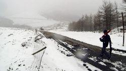 Media España en alerta por nieve, viento y fuerte