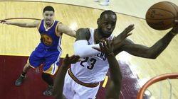 LeBron se impone a un Curry desquiciado y fuerza el séptimo partido
