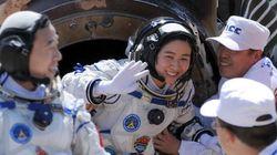 Qué hacen las astronautas cuando tienen la