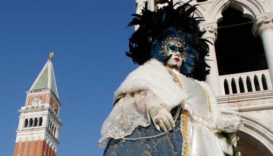 Máscaras, zombies y góndolas: arranca el Carnaval de Venecia