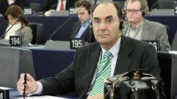 Vidal-Quadras deja el PP arremetiendo contra