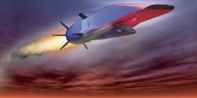 El avión hipersónico X-51A WaveRider no completa su vuelo de prueba por