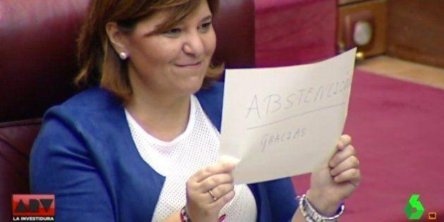 La líder del PP de Valencia se burla así del PSOE en el Pleno de Les
