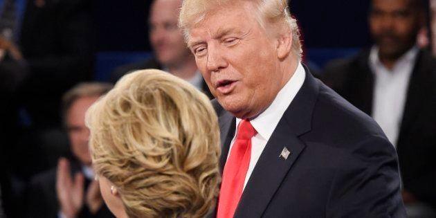 Trump define a Clinton como