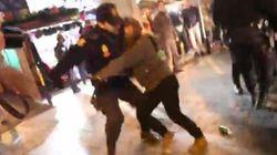 Así golpeó la Policía a varias mujeres tras la protesta contra la ley del aborto