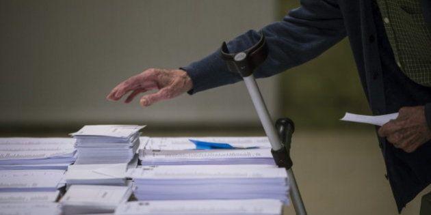 El PSOE propone reducir el gasto electoral un 30%, la cartelería y los envíos de propaganda por