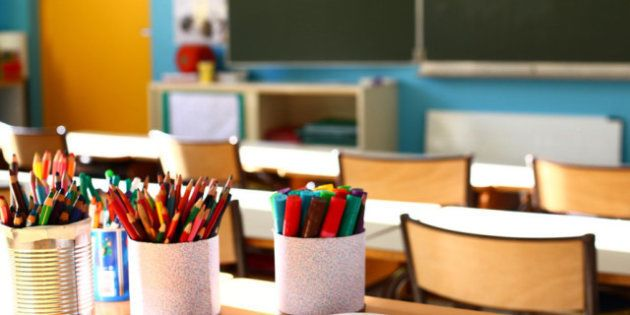 El gasto público escolar se redujo en 876 millones en