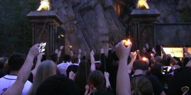 Varitas a media asta en el parque de Harry Potter por las víctimas de