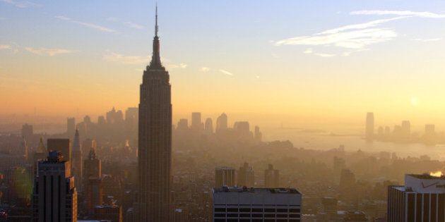 El Empire State debuta en la bolsa de Wall Street con acciones a 10