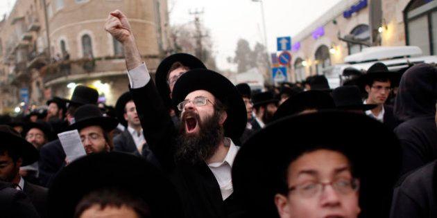 Cientos de miles de ultraortodoxos de Israel protestan contra la ley de