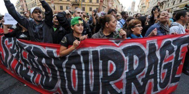 Decenas de miles de personas se manifiestan en Roma contra el gobierno de Mario