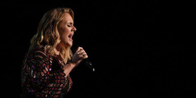 Adele cancela su gira por problemas de
