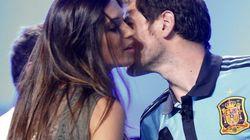 Casillas y Carbonero: nuevo beso en directo