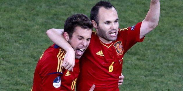 Jordi Alba ficha por el F.C. Barcelona por las próximas cinco