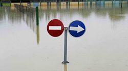 El desbordamiento del río Arga pone en alerta a