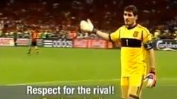 Casillas emociona a Italia con su gesto en la final