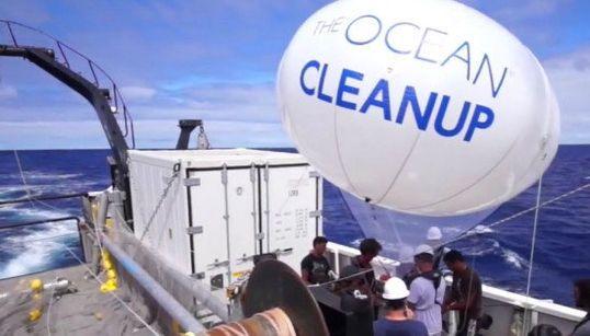 El joven que quiere limpiar la basura del océano