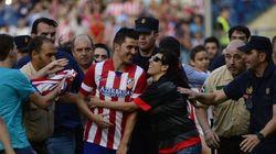 La accidentada presentación de Villa con el Atlético de Madrid